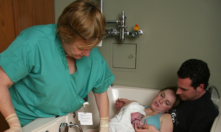 See a Midwife for Pregnancy & Birth? Yes!